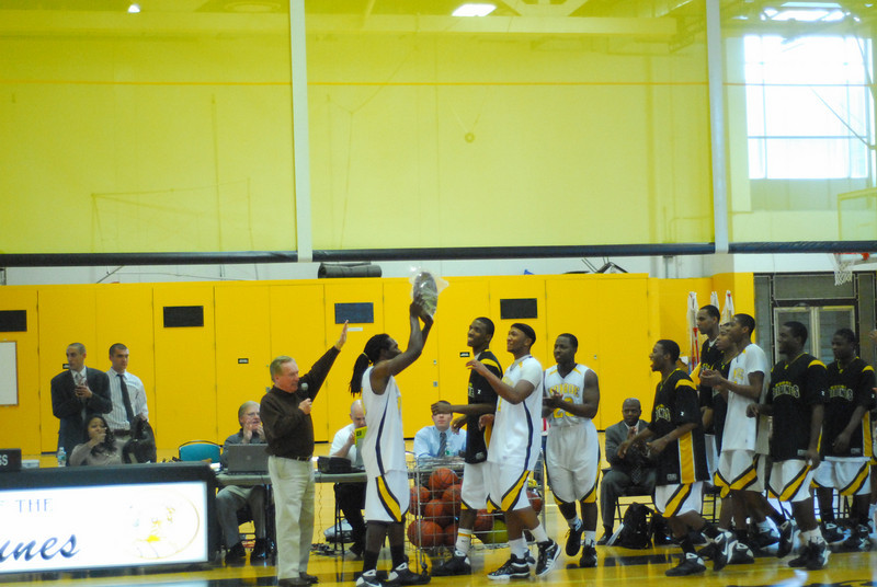 20090301_MCC Basketball_5730.JPG