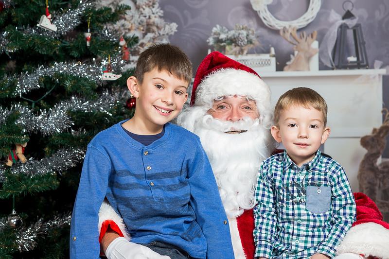 StaceyTompkinsPhotography-Santa2018 (45 of 79).jpg