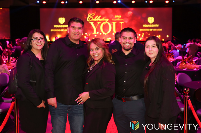 09-20-2019 Youngevity Awards Gala ZG0144.jpg