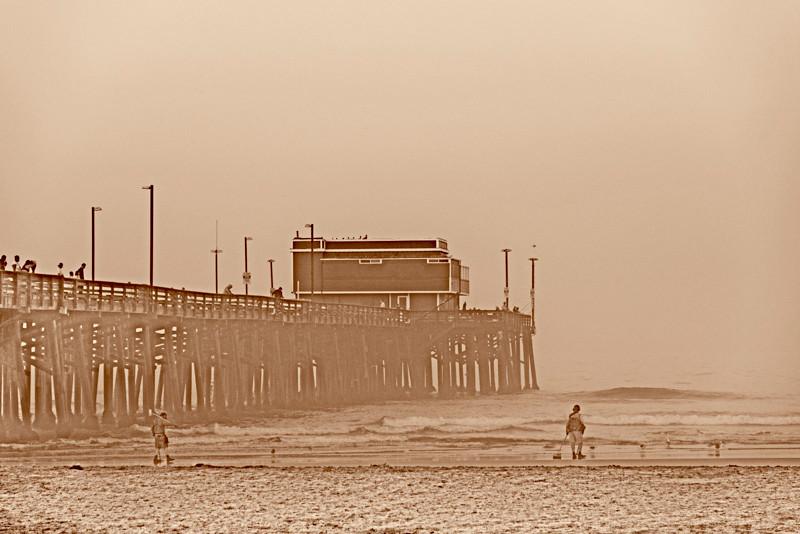 Newport_Pier-2.jpg