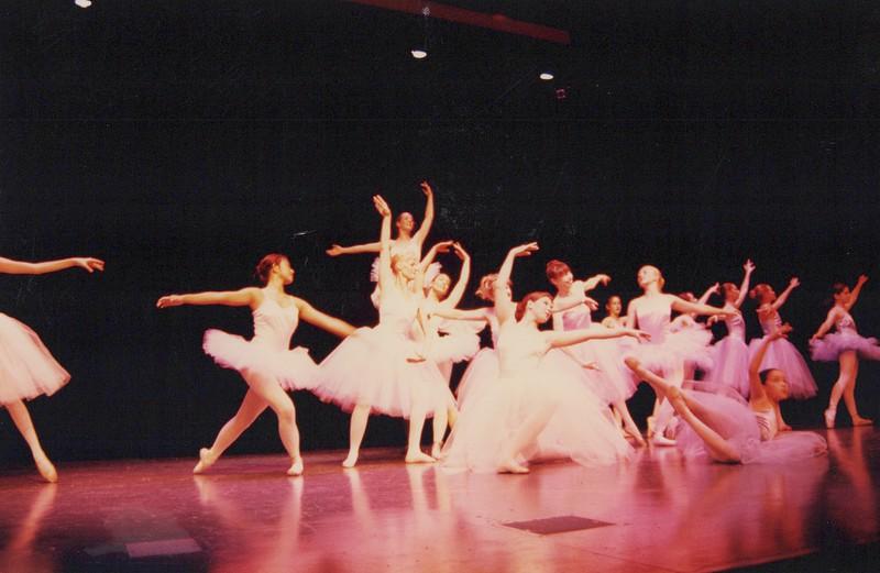 Dance_1338.jpg