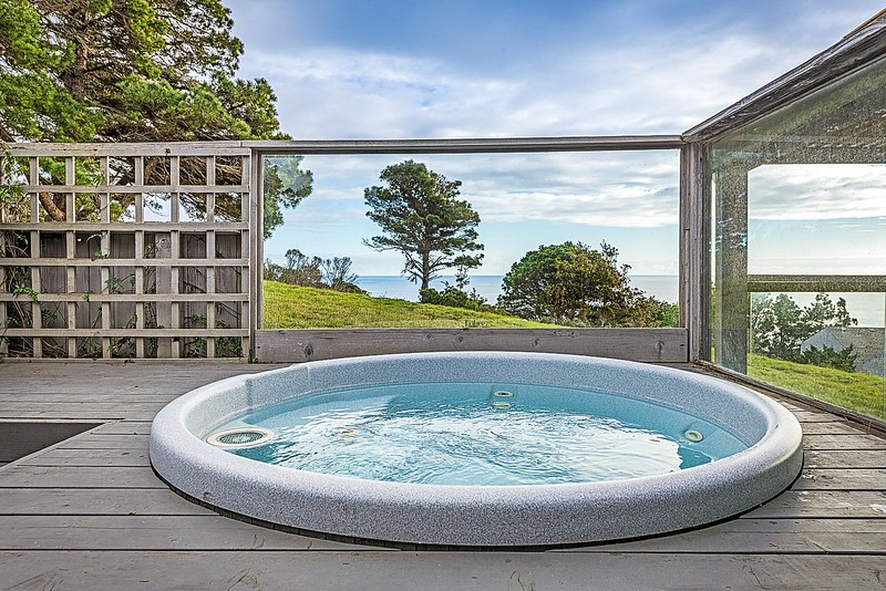 Hot Tub with South Coast View