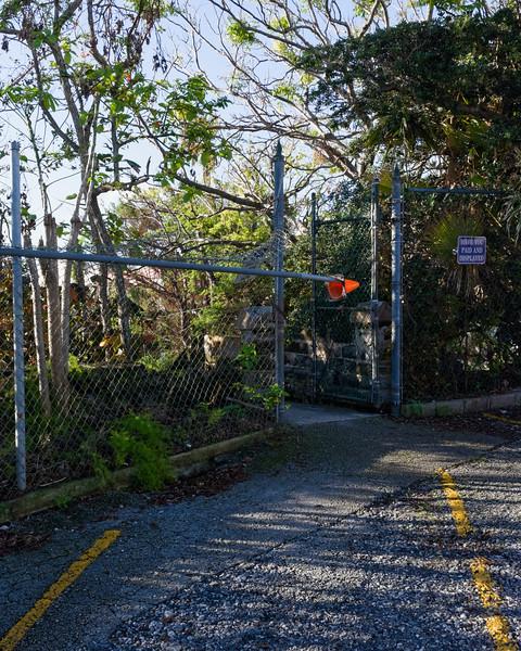 T5499 Par-la-Ville Park Danger
