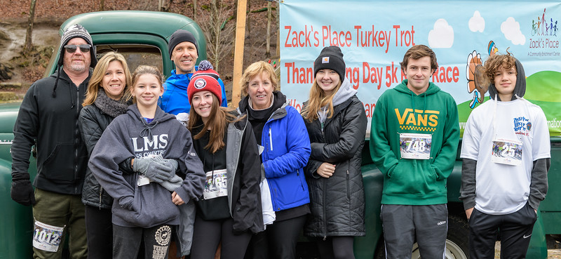 2019 Zack's Place Turkey Trot -_8507768.jpg