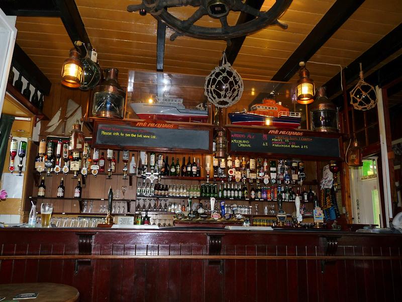 Five Pilchards Bar