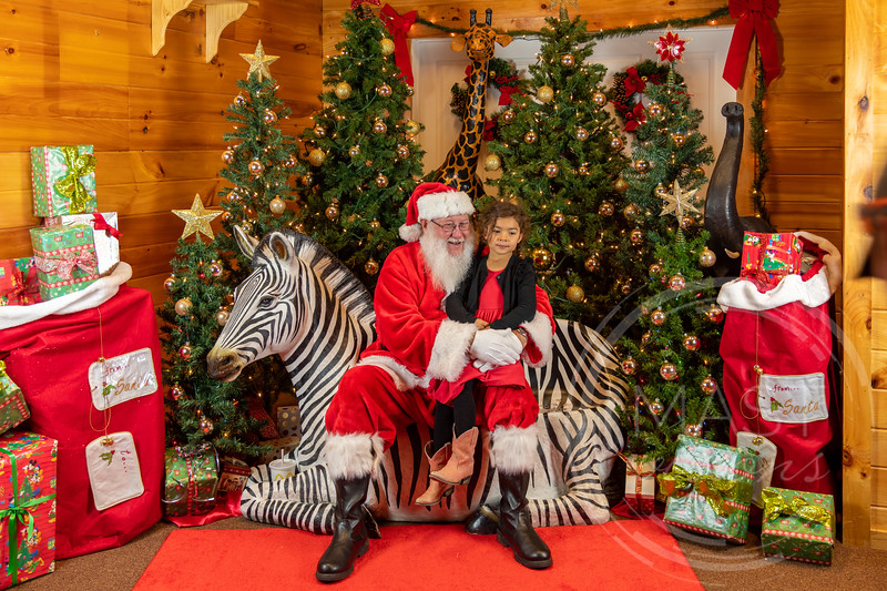2019-12-01 Santa at the Zoo-7340.jpg