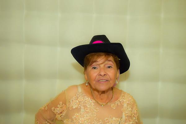 90 Años Mamita Amada