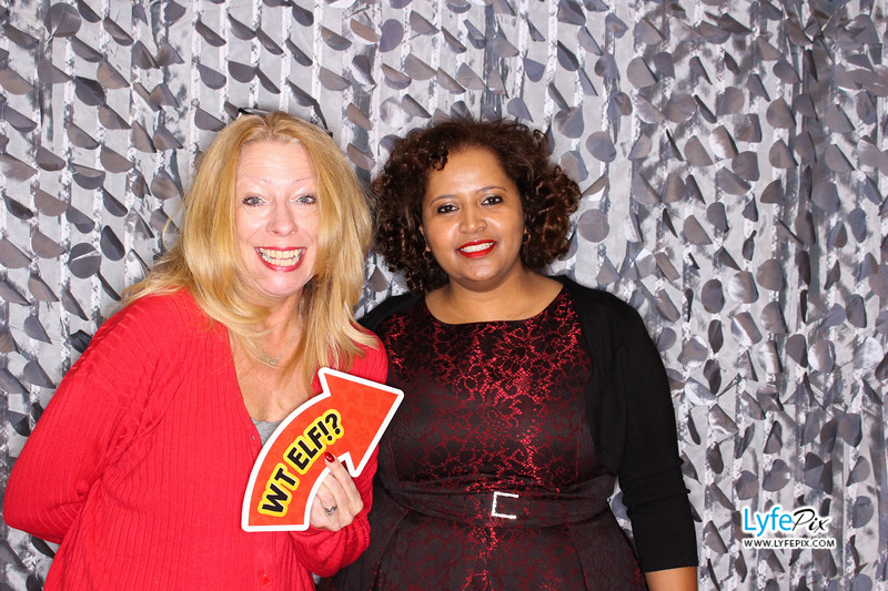 red-hawk-2017-holiday-party-beltsville-maryland-sheraton-photo-booth-0032.jpg