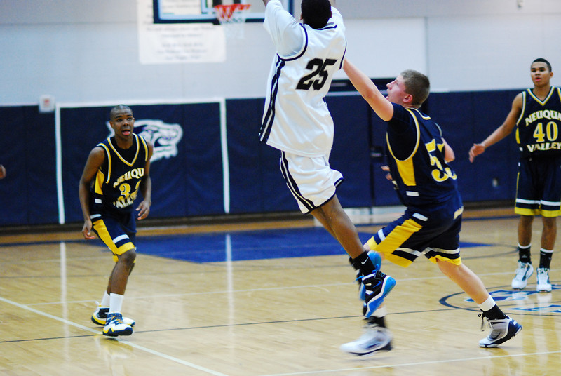 O.E. Vs Neuqua Valley 023.JPG