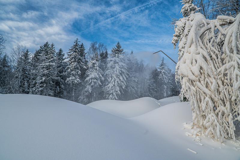 Snowmaking 1920-04816.jpg