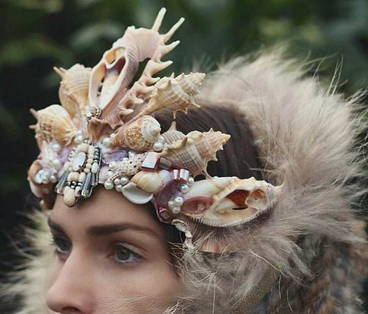 mermaid-crowns-chelsea-shiels-4.jpg
