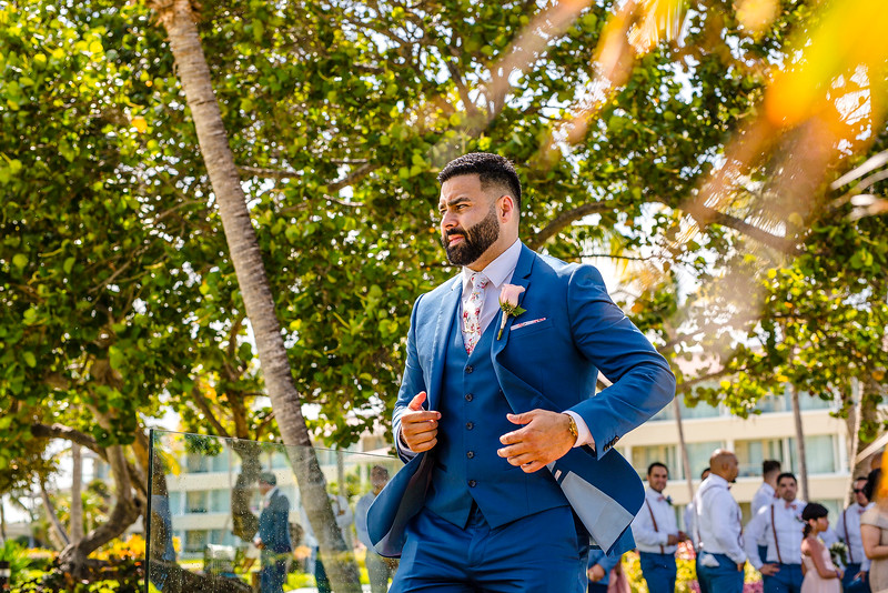 How To Fold A Pocket Square For Your Wedding Day
