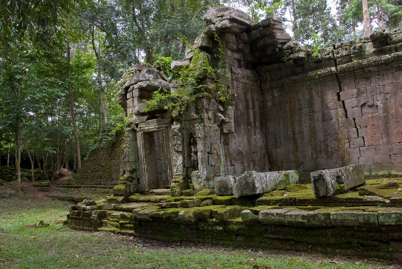 Old doorway at the back of the Angkor Wat ruins
