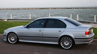 BMW....jpg