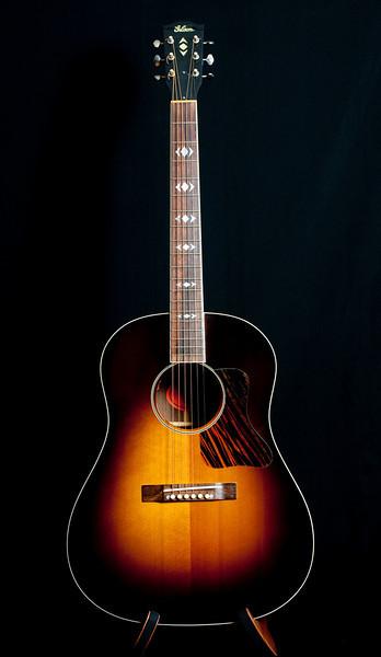 Gibson Advanced Jumbo Sunburst.