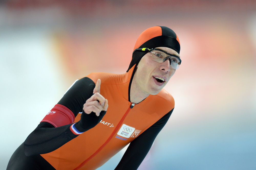 . Netherlands\' Jorrit Bergsma competes in the Men\'s Speed Skating 10000 m at the Adler Arena during the Sochi Winter Olympics on February 18, 2014. (JUNG YEON-JE/AFP/Getty Images)