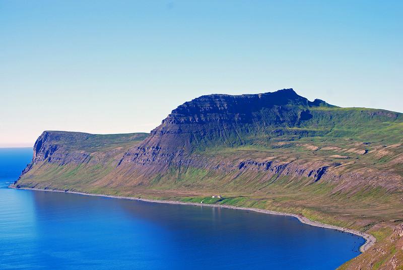Hornið, Ystidalur, Miðfellið og Miðdalur