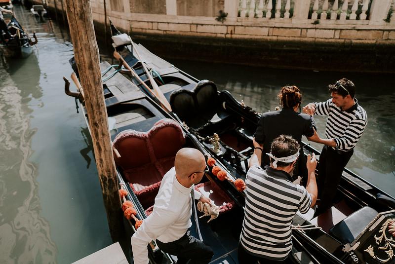Tu-Nguyen-Destination-Wedding-Photographer-Dolomites-Venice-Elopement-329.jpg