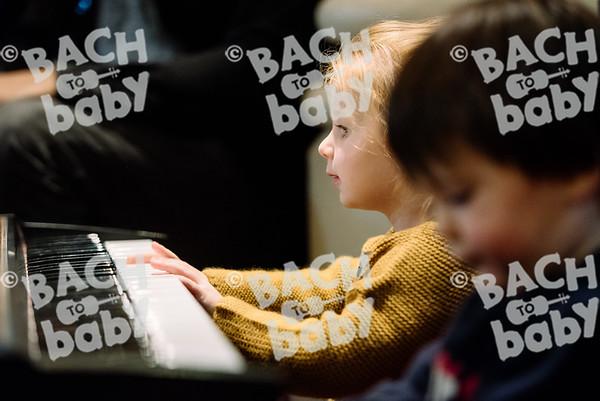 © Bach to Baby 2017_Alejandro Tamagno_Regents Park_2017-09-16 056.jpg