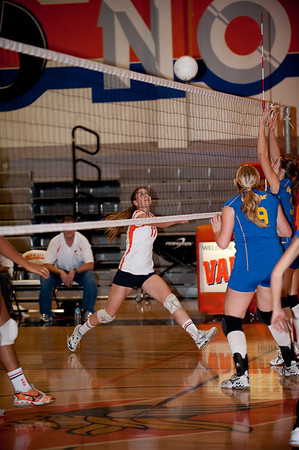 2009: Valhalla Girls Volleyball