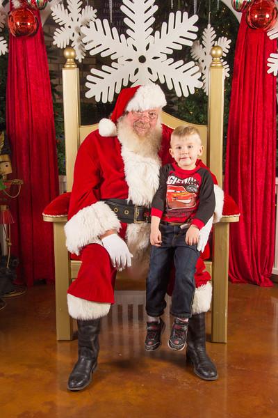 Santa 12-16-17-156.jpg