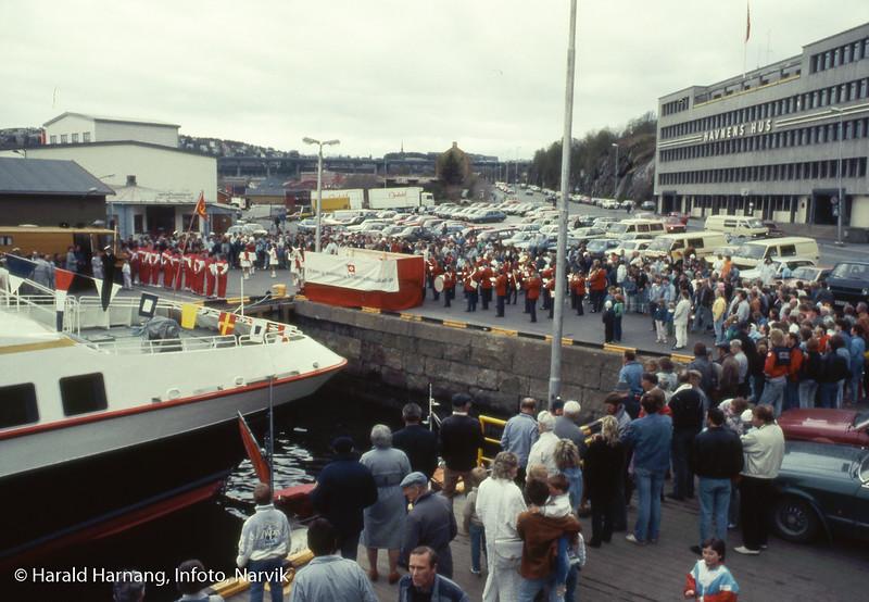 """Dåp av skip tilhørende ODS. Trolig nytt eget skip som erstattet gamle Skogøy, dvs """"nye"""" Skogøy. I så fall 1985."""