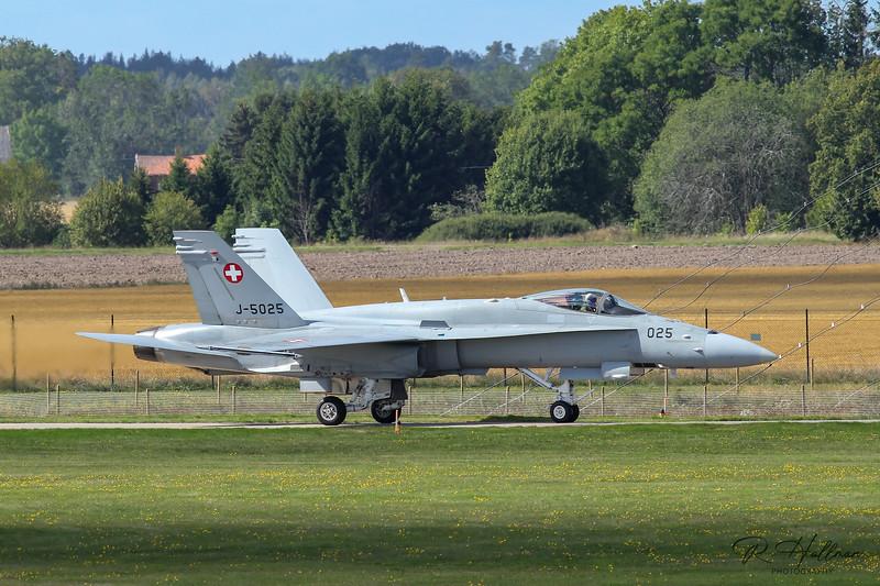 F18_5_signed.jpg