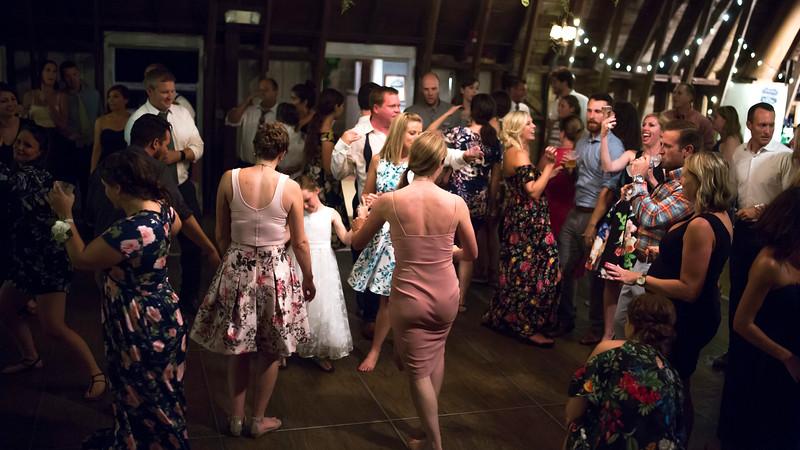 Garrett & Lisa Wedding (901).jpg