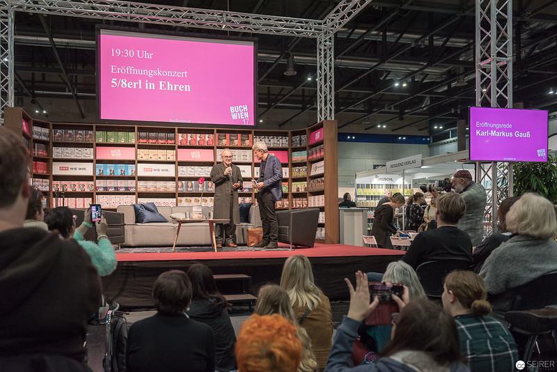 Michael Köhlmeier im Gespräch mit Florian Scheuba auf der ORF Bühne der Buch Wien 2017