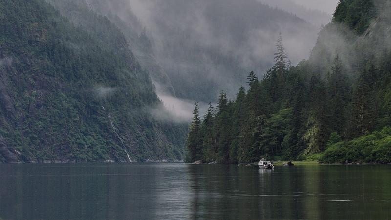 British Columbia, Spirit Bear Lodge