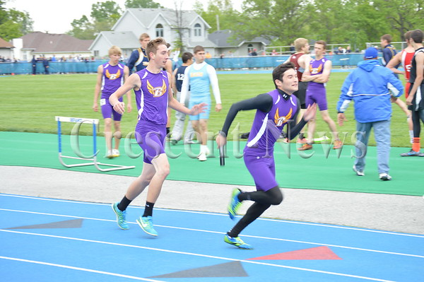 05-20-15 Sports DII District Track & Field Day I