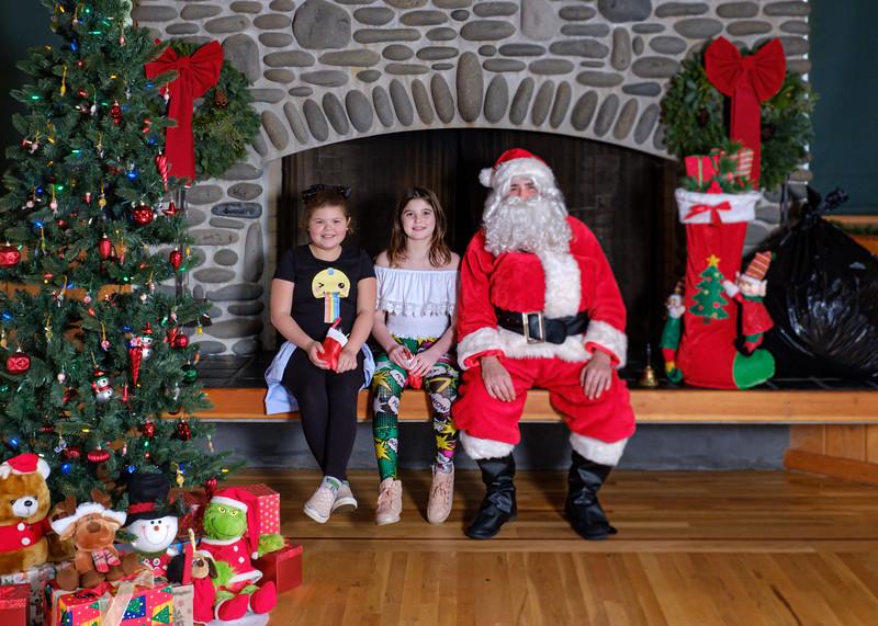 CB Santa 2019-7580.jpg