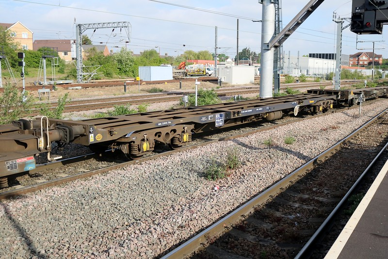 KFA 92627 Seen passing Peterboro on 4E62 Felixstowe-Doncaster   12/05/18