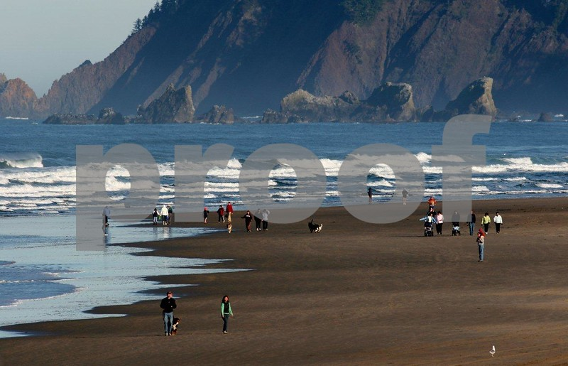 Cannon Beach 4700.jpg