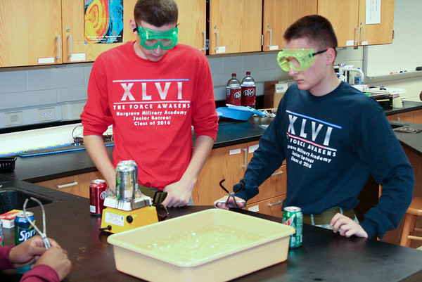 Imploding Aluminum Cans in Chemistry