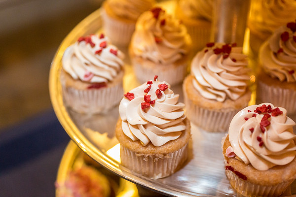 06 Cupcakes
