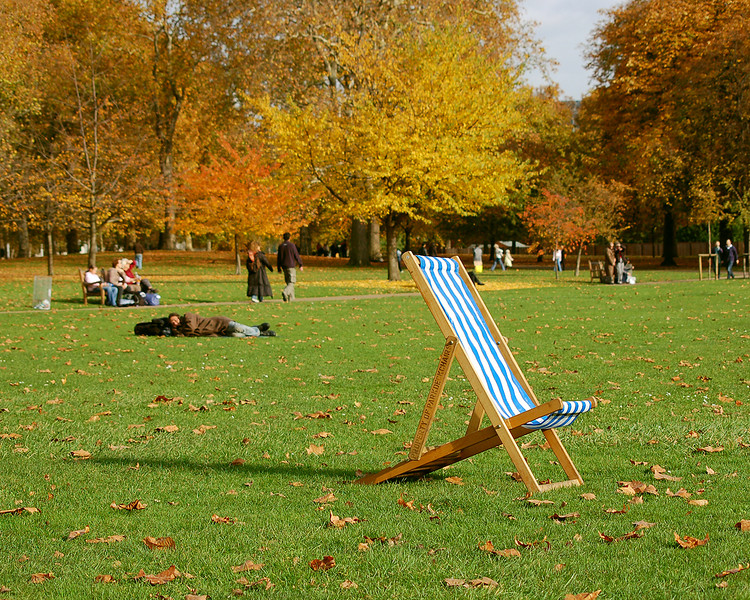 Fancy a Rest in St. James's Park?