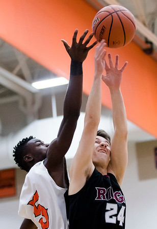 McHenry boys basketball plays Prairie Ridge