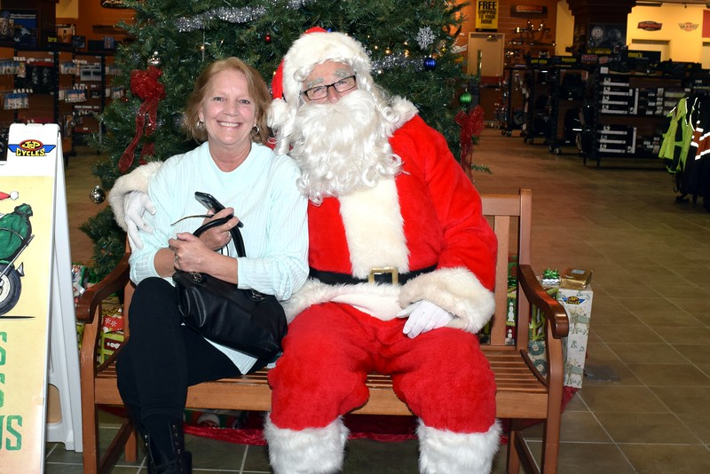 2016 Santa Visits J&P Cycles (56).JPG