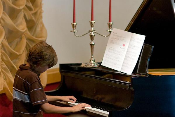 08-06-12 Dylan Recital