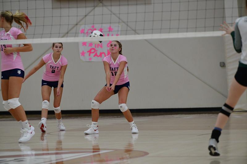 Varsity Volleyball v Sacred Heart