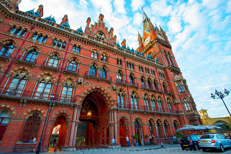 st.-pancras-station-and-Kinds-Cross-Small.jpg