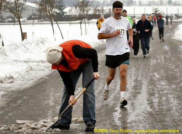 2005 Pioneer 8K - Tony Austin - Adam Lawrence keeps shoveling