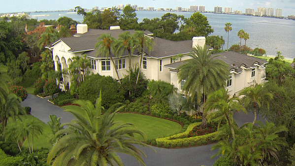 144 Willadel Dr, Belleair, Florida 33756