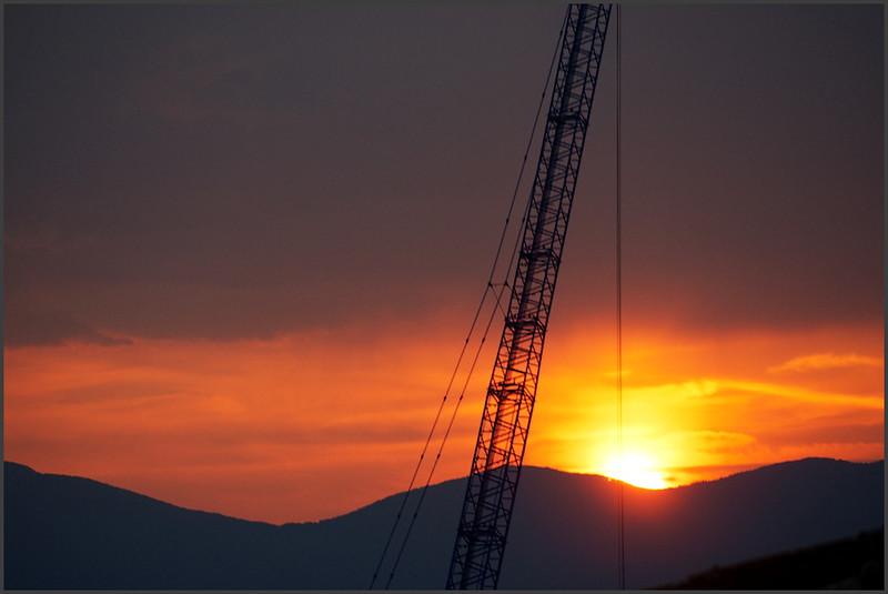 Industriální západ slunce nad Istrií