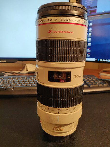 Canon EF 70-200mm 2.8 L IS USM - Serial UV1116 003.jpg