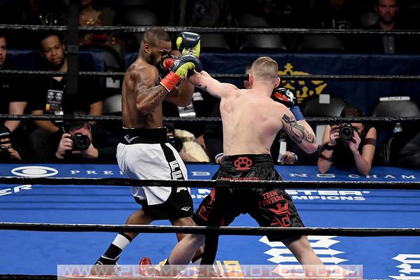 Andrzej Fonfara Defeats Chad Dawson by 10th Round TKO