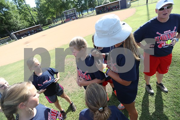 2016 Softball Camp