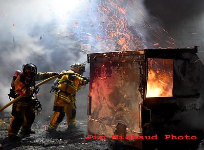 Exterior Fire w/ Extension - Dollar Tree, Vernon, CT - 12/5/19
