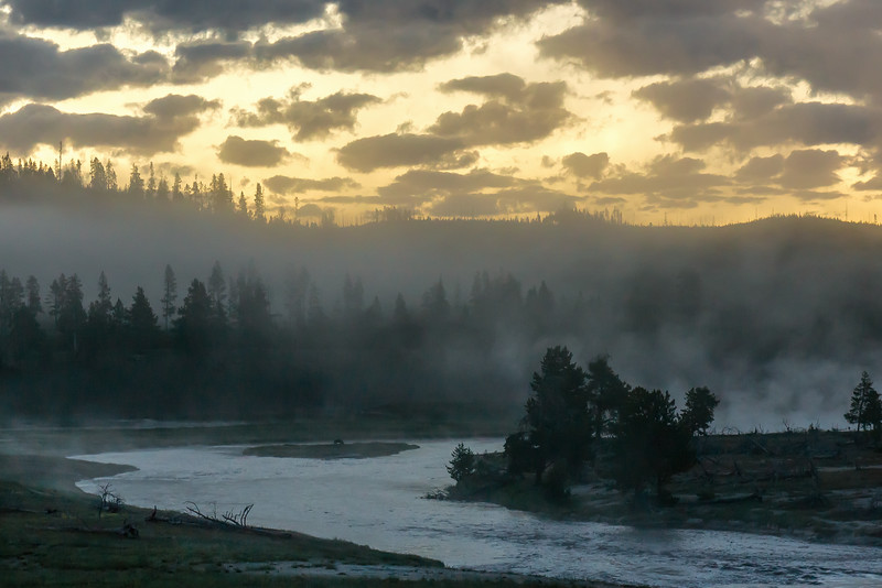 Sunrise on the firehole river